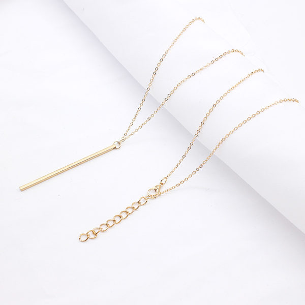Simple-Classic-fashion-Stick-Pendant-Necklace-Hollow-Girl-Long-Link-Chain-Square-Copper-Necklaces-long-Strip (4)
